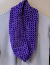Handmade, Crochet Cowl, Fashion Scarf, Accessories, Purple, Infinity Scarf, - €36,97 EUR