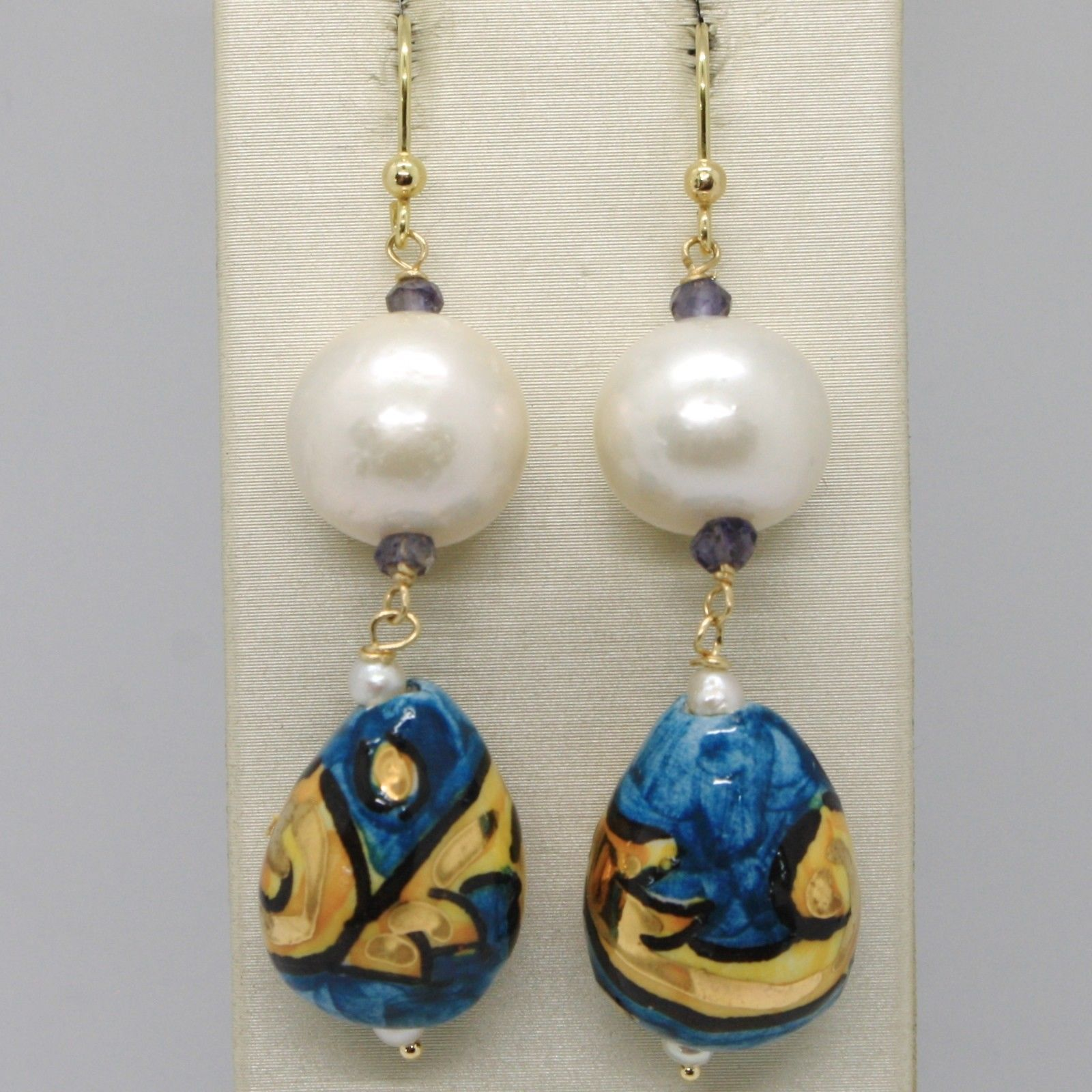 18K YELLOW GOLD EARRINGS IOLITE, PEARL, BLUE CERAMIC DROP HAND PAINTED IN ITALY