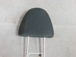 2014 NISSAN VERSA RIGHT FRONT HEAD REST (BLACK) image 2