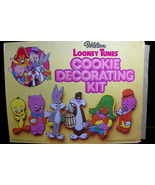 6 Wilton Looney Tunes Cookie Cutter Set with Instructions and Box 1978 - $14.99
