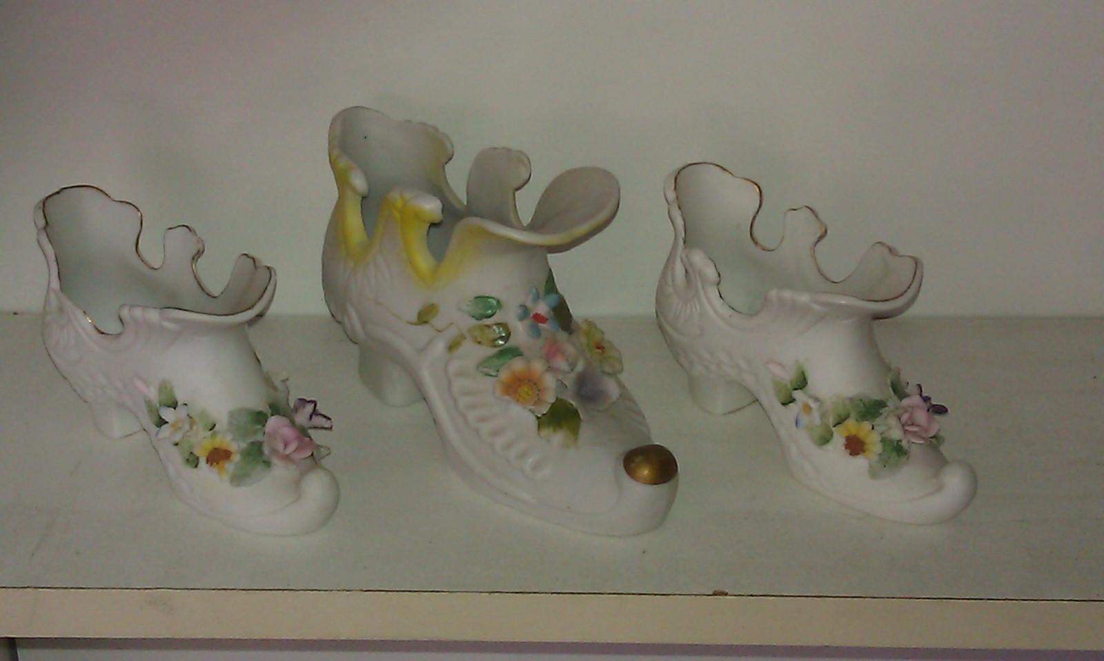 Lefton  Raised Flower Shoes Set of 3 - $18.13