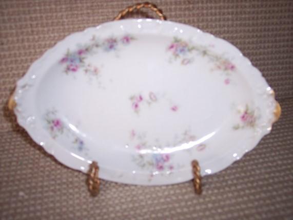 * Limoges Theodore Haviland Oval Plate Vintage - $20.12