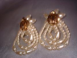 Bride pearl earrings gold back thumb200