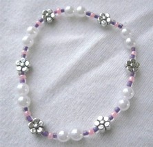 "Girl Teen Stretch Bracelet  5.5"" Faux Pearls & Flowers  Purple Pink  Scr... - $4.90"