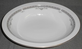 Royal Doulton YORK PATTERN Oval Serving or Vegetable Bowl MADE IN ENGLAND - $39.59