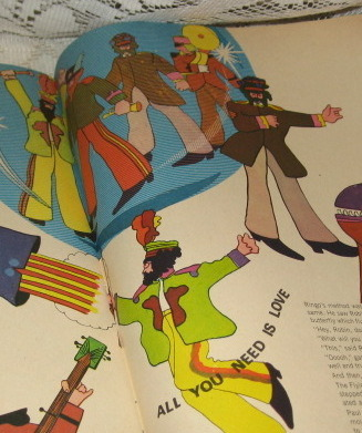 The Beatles-Official Beatles Yellow Submarine Magazine - King Features - 1968