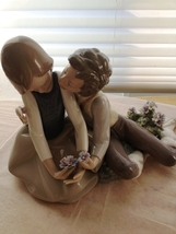 Lladro Precocious Courtship # 5072 ~ Mint - Retired - HTF $1,050 Retail - $539.00