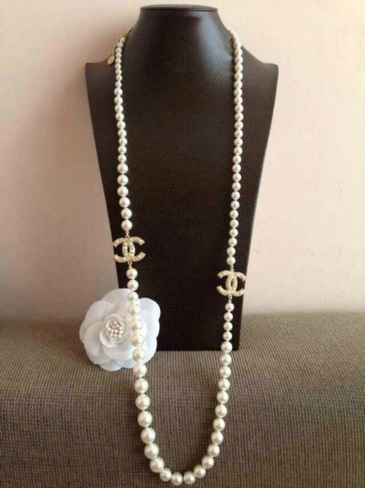 AUTHENTIC CHANEL 100th ANNIVERSARY 2 CC Faux Pearl Gold NECKLACE RARE