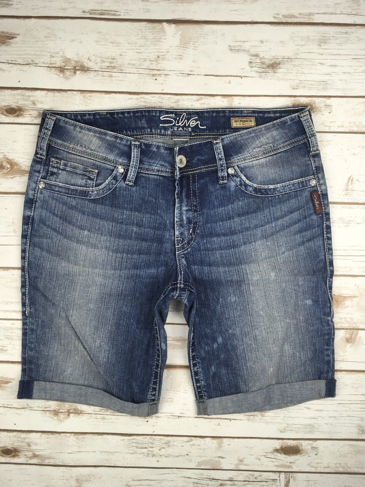 SILVER JEANS SHORTS Low Rise Embroidered Mckenzie Jean Cuffed Denim Shorts 32