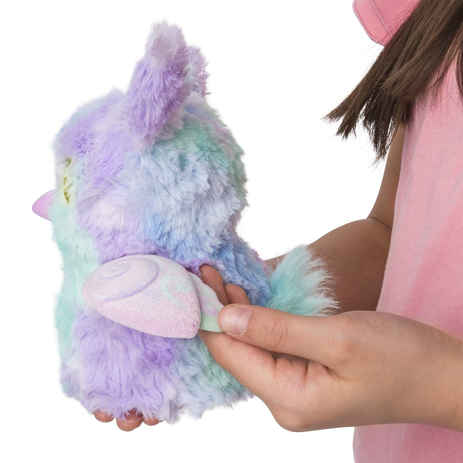 Hatchimals Mystery - Hatch 1 of 4 Fluffy Interactive Mystery Characters from Clo