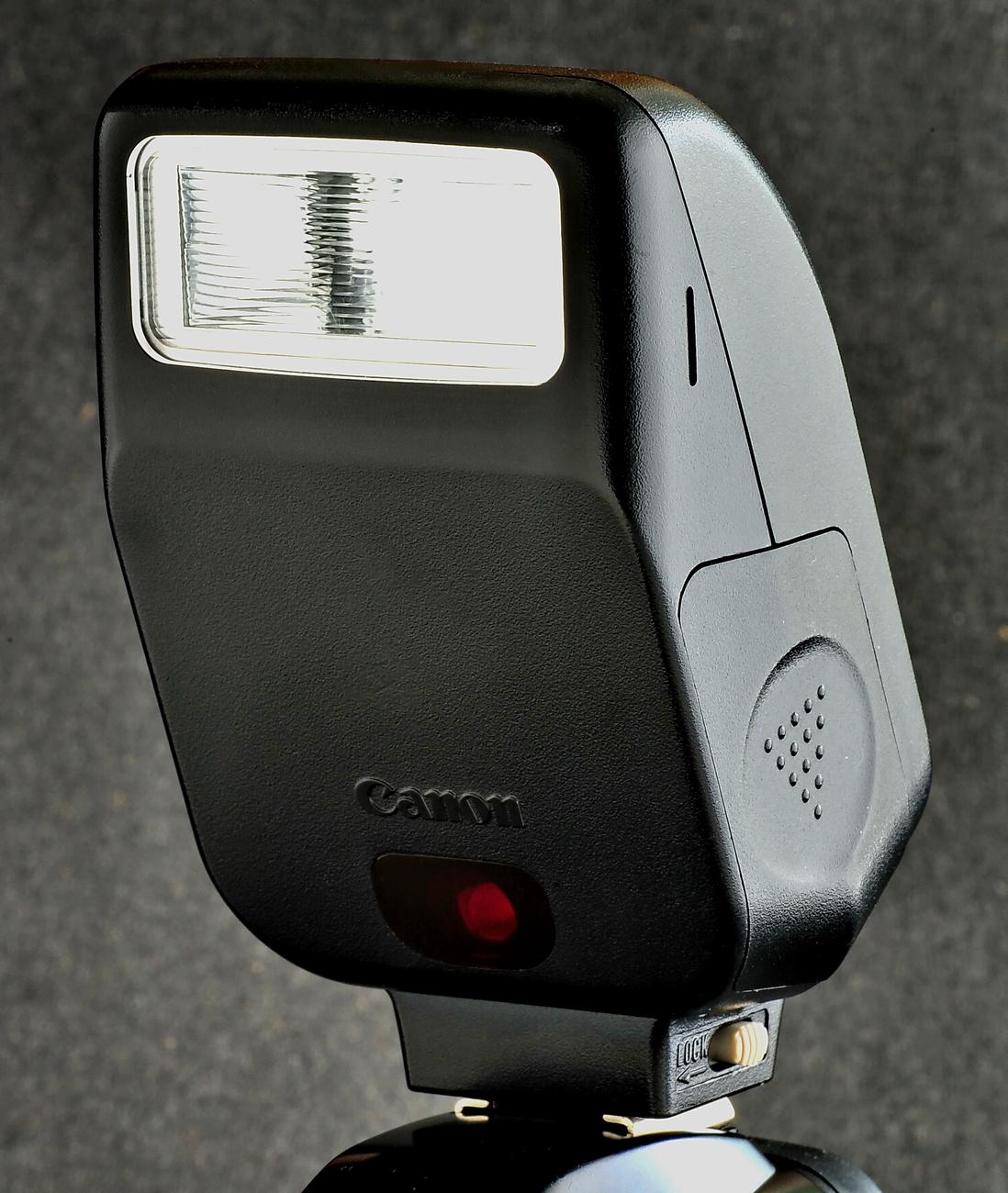 Canon 200e.3