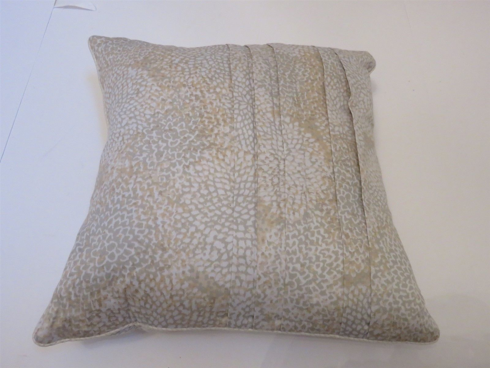 Primary image for Barbara Barry Bali Floral Deco Pillow NWT