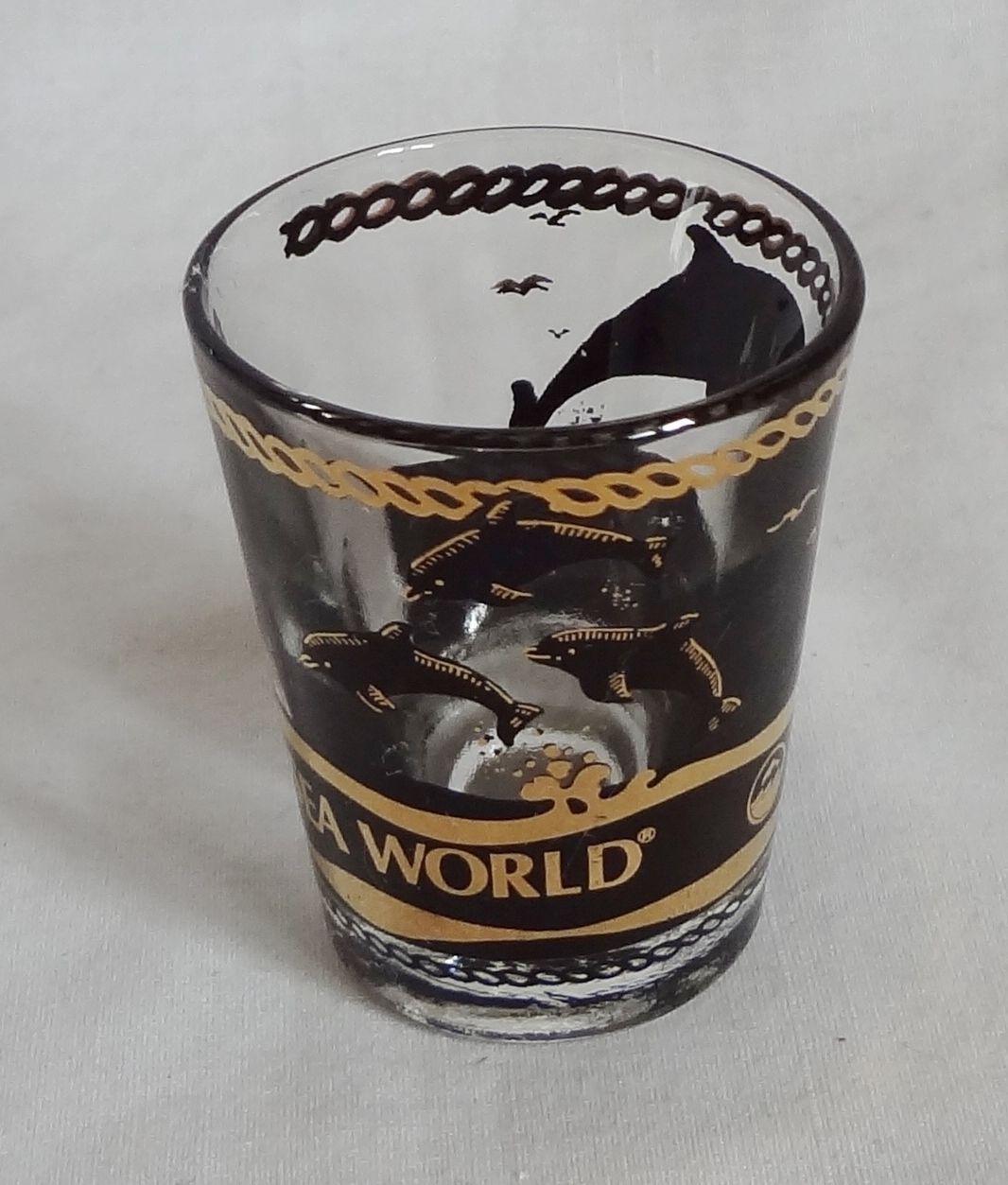 Sea World Orca Killer Whale Dolphin Porpoise 1 oz Shot Glass Barware Souvenir