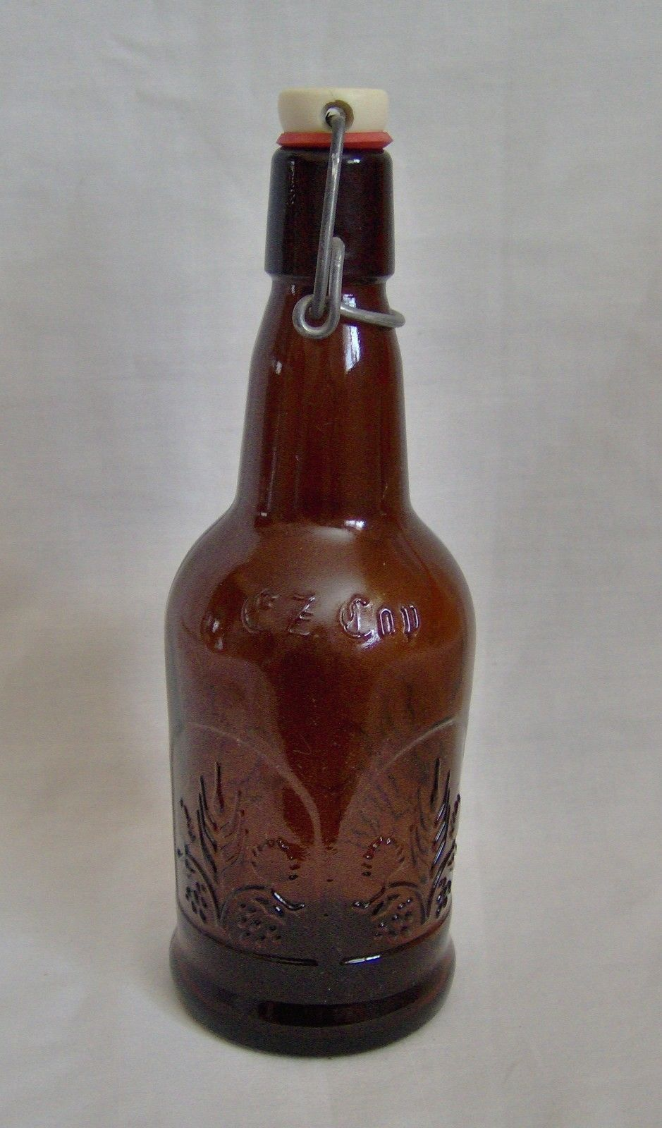 CZ Cop Brown Bottle with Wire Cap Attached Wheat Floral Pattern