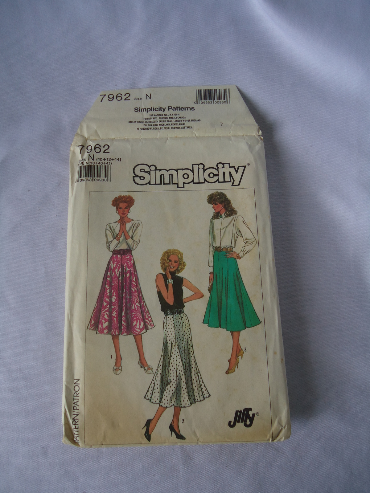 Vintage Simplicity #7962 Jiffy  Misses Skirt in 2 Lengths  Pattern Size 10-14
