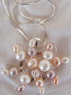 Pearls flower silver pendant