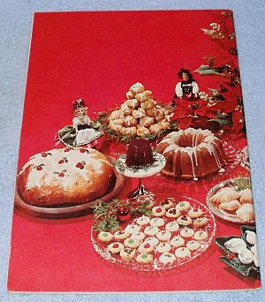 Vintage Holiday Homemaker 1967 Christmas Recipes