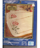 The Heritage Collection Rose Trellis Placemats 4 Luxury Weight Fabric Pl... - $15.99