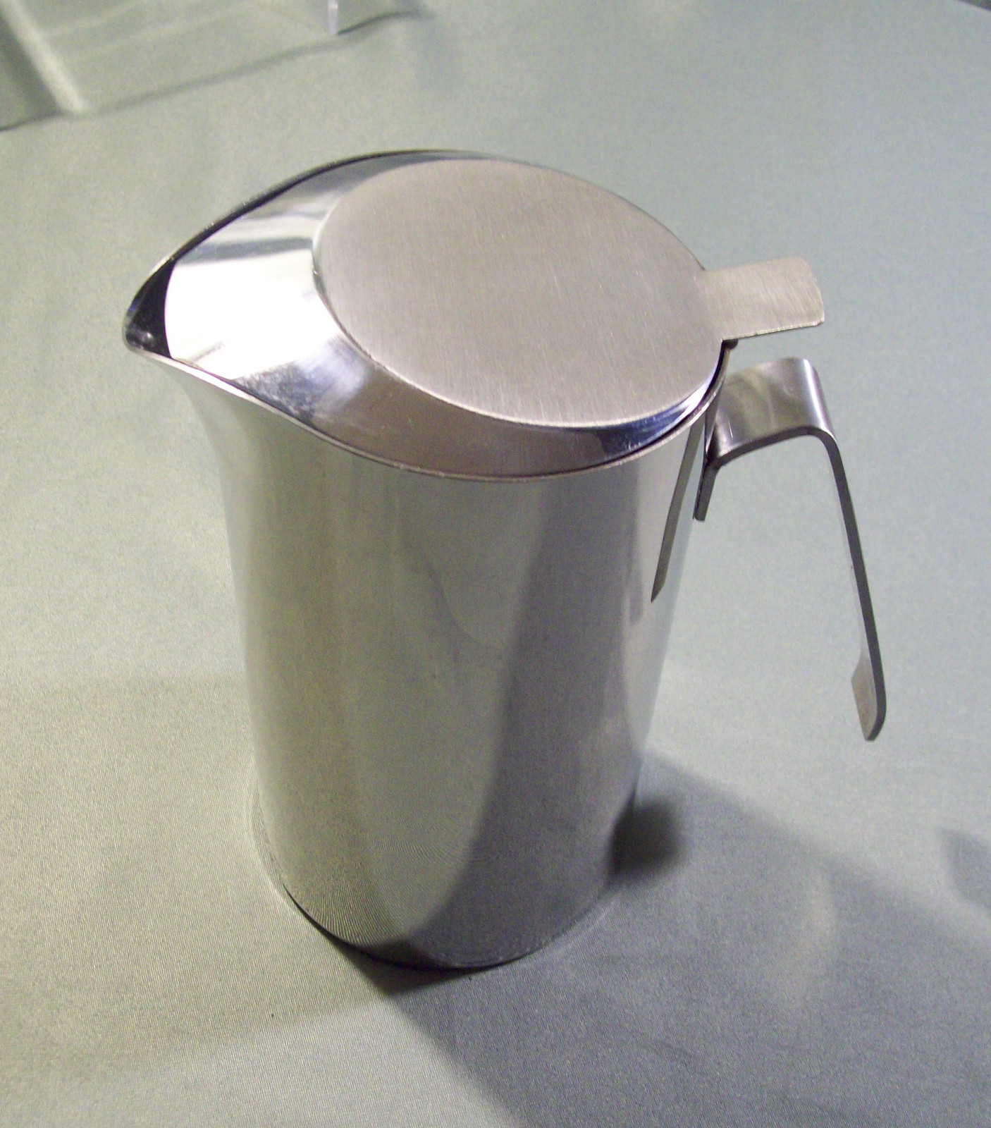 SCARCE PRODOTTI STELLA STAINLESS STEEL COVERED WATER PITCHER - MADE IN ITALY