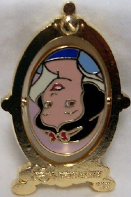 DISNEY SNOW WHITE & WICKED QUEEN SPINNER LE 250 PIN NEW