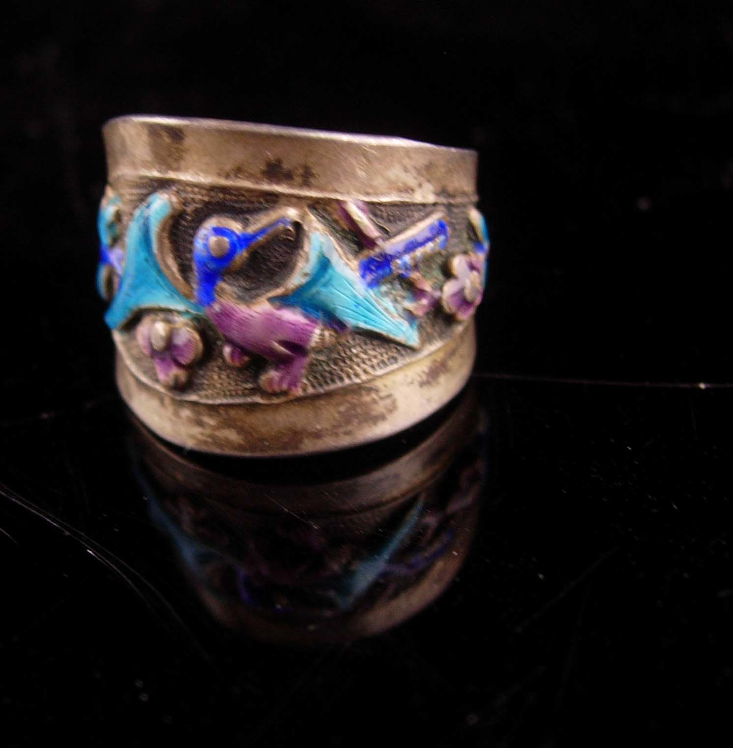 Primary image for Antique Chinese enamel Bird Ring - Chinese export - Asian flowers Oriental lotus