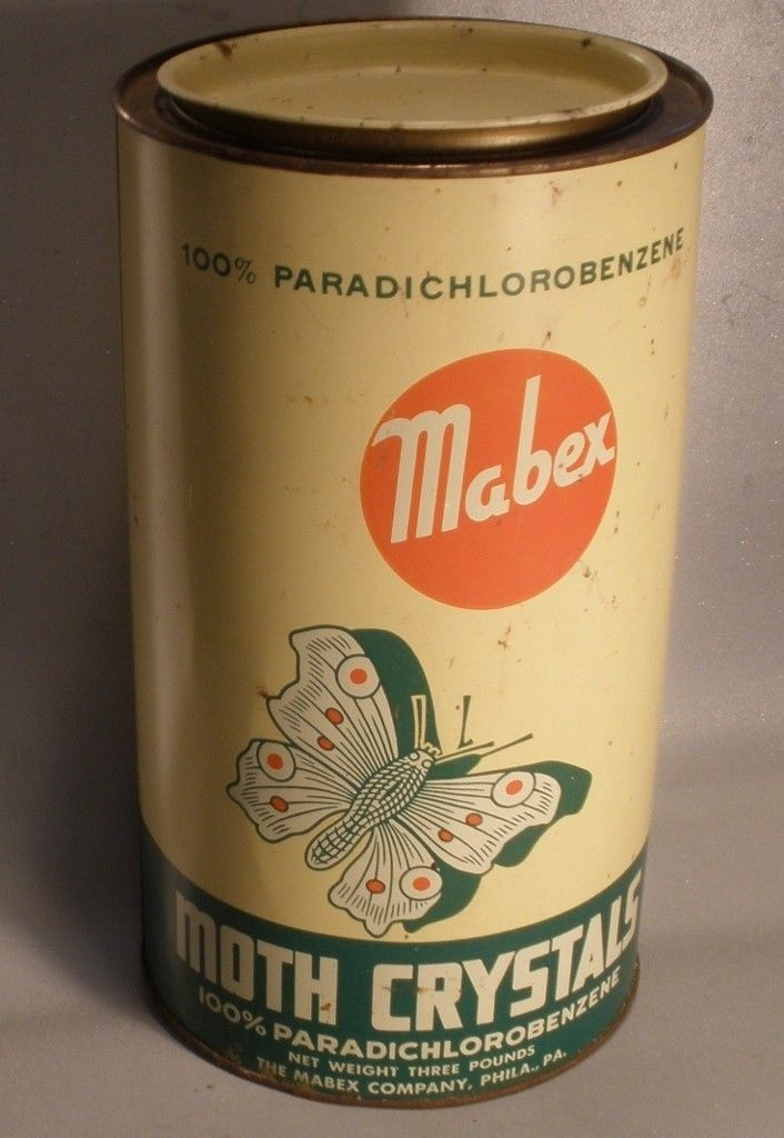 Mabex Moth Crystals Lithographed Tin