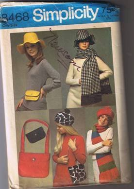Simplicity 8468 - Hat, Mini-Bag, Shoulder Bag, Beret, Scarf.- Cut and Complete