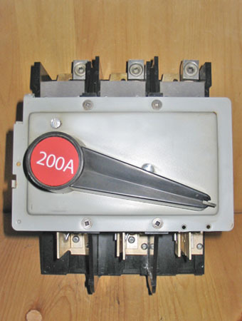 Fpe 200a fused line block a