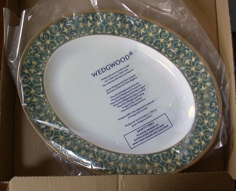 WEDGWOOD EVERLEIGH SERVING PLATTER ** Gorgeous & New!