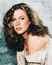 Kathleen Turner Romancing The Stone 16x20 Canvas Giclee - $69.99