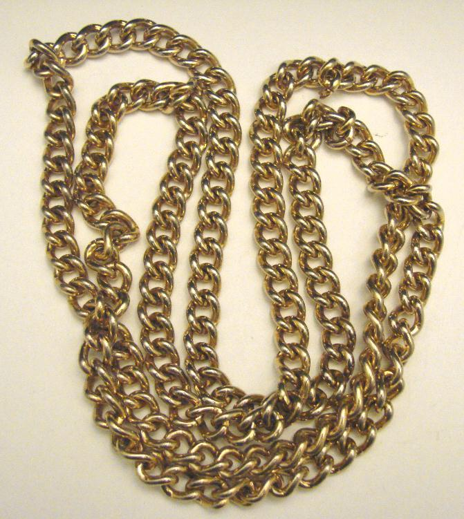 RETRO CURB LINK NECKLACE