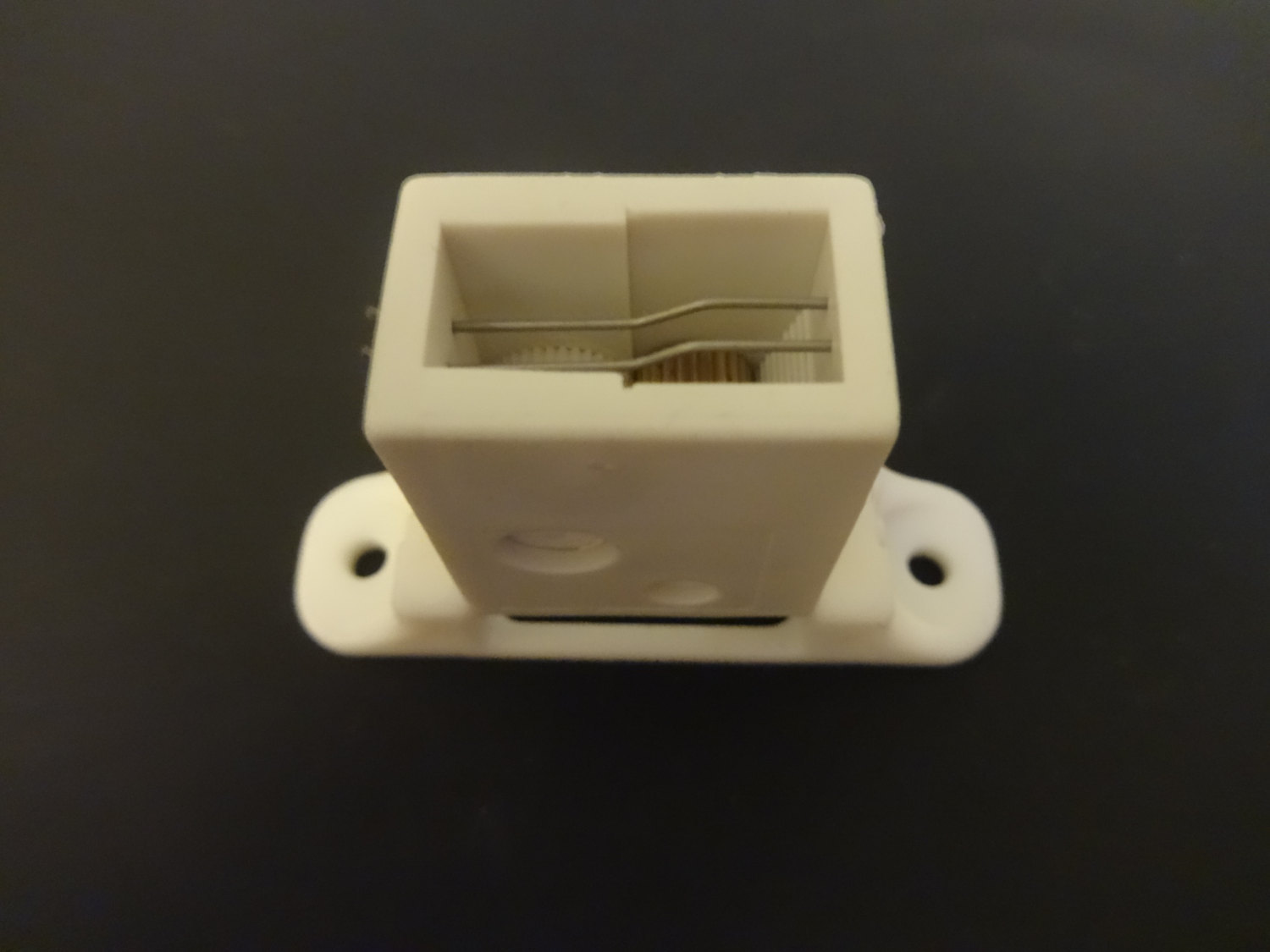 Box Style ROMAN SHADE Cord Lock: For up to 6 cords, in White