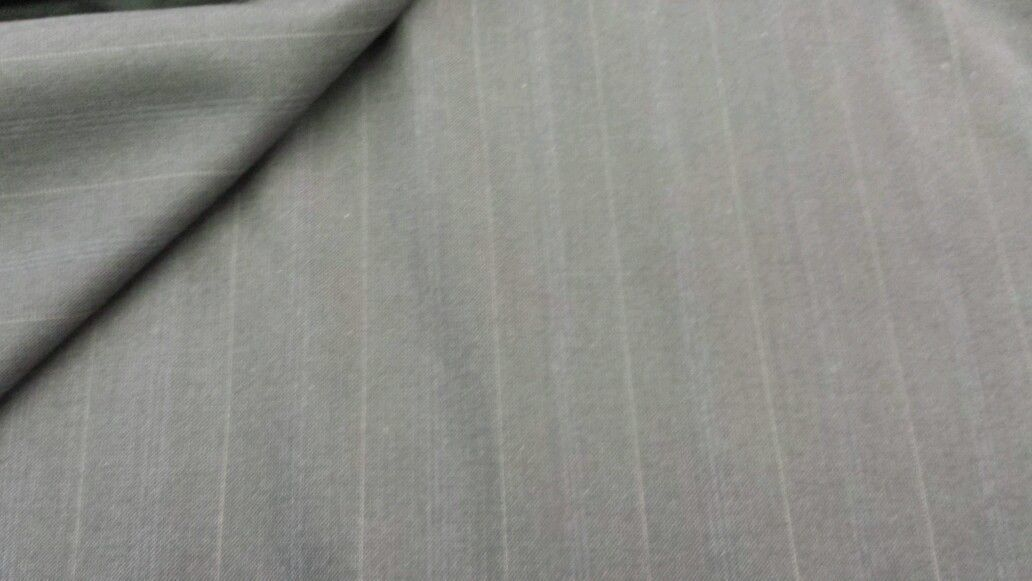 Super 120'S Wool leight Weight Blue Grey Suiting Fabric 8 Yards MSRP $875