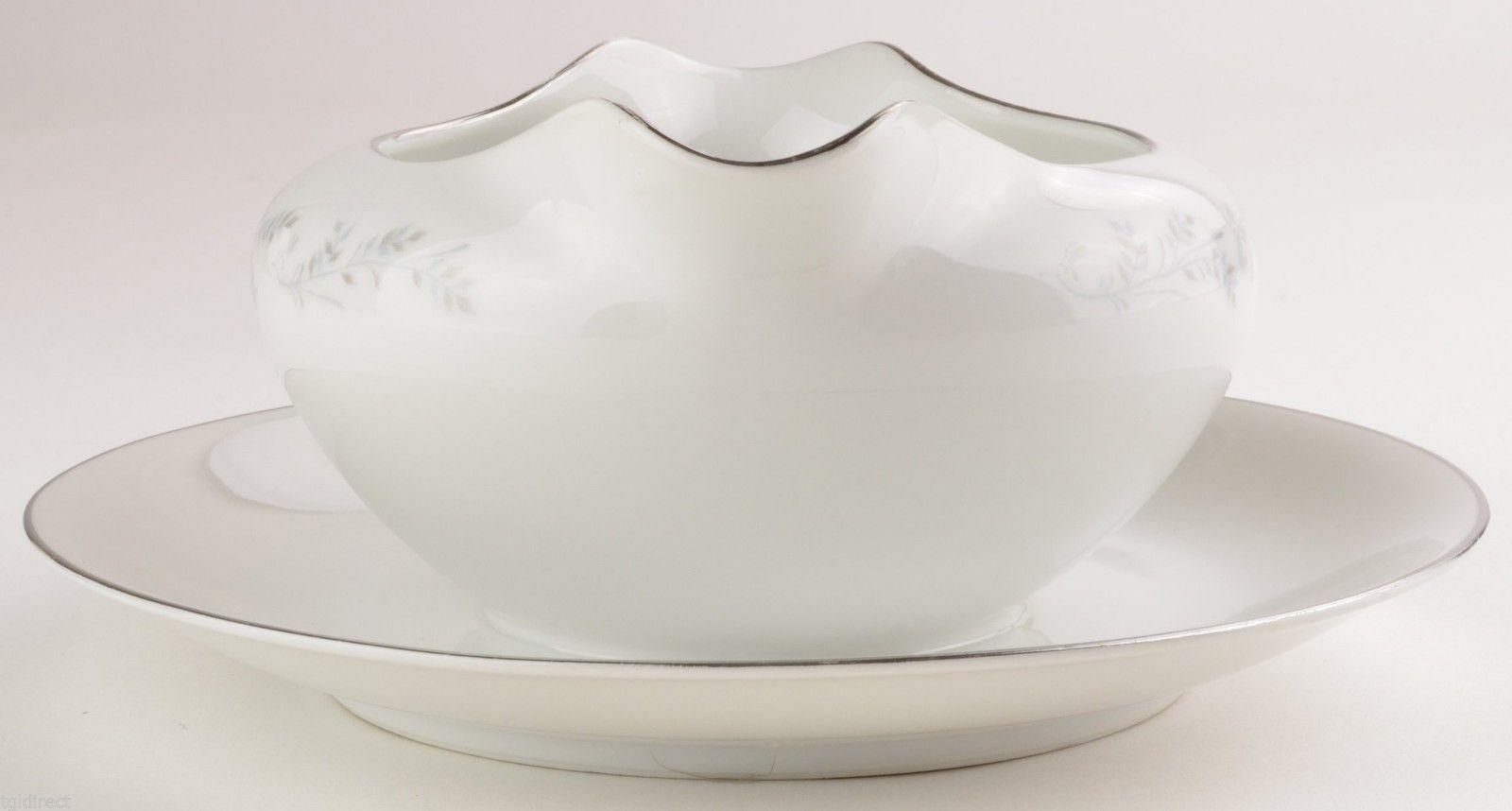 Royalton China Co. E.G. 3301 Gravy Boat & Attached Underplate Fine Porcelain
