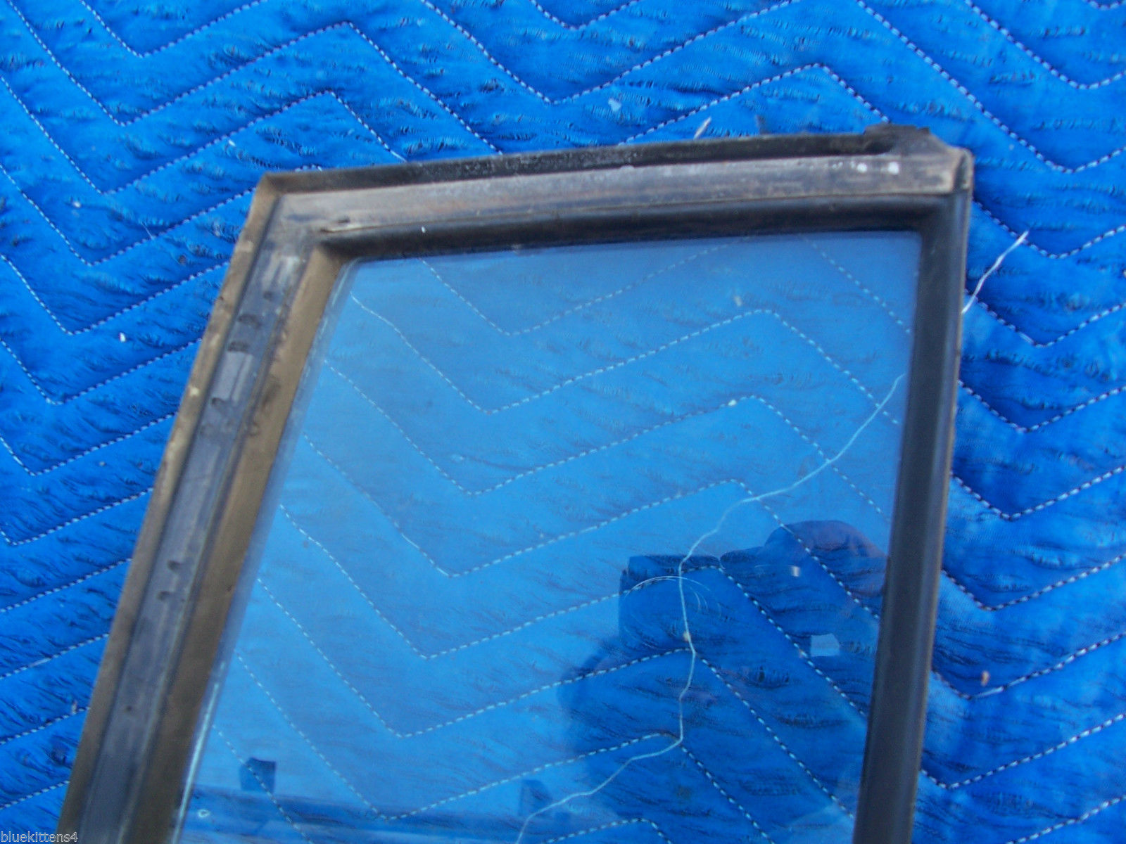 1985 BROUGHAM RIGHT REAR VENT 1/4  WINDOW GLASS OEM USED ORIG CADILLAC GM PART