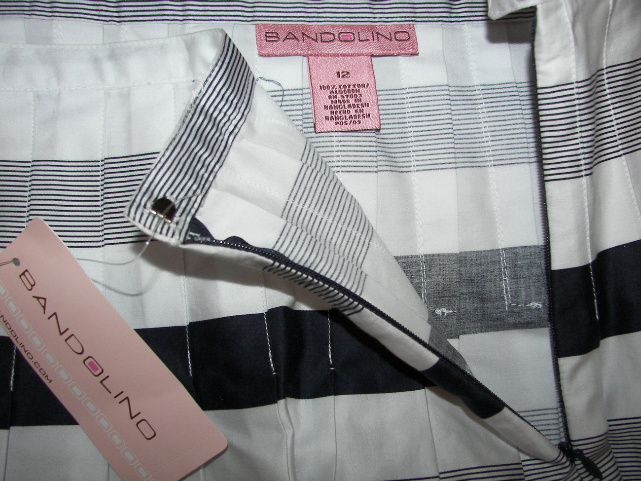 Bandolino Pleated Skirt Size 12 Brand New