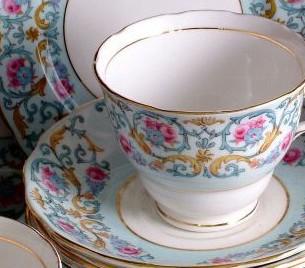 Colclough Blue Floral 6743 6.25 Inch Square Plate