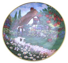 Franklin Mint Lilliput Lane Granny Smiths Cottage plate CP1515 - $51.08