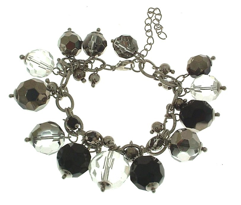 Ladies fasihon bracelet with clear and other faceted plastic bead design 13556