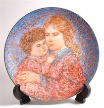 Knowles Edna Hibel Mothers Day plate for 1985 Erica and Jamie CP325 TN68 - $51.08