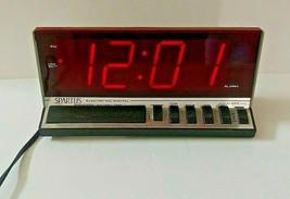 Spartus 526N Digital Alarm Classic Wood Grain Battery Reserve Tested - $22.43