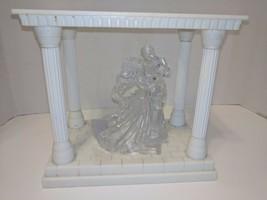 Taz Wilton Clear Bianca Figurine Cake Topper w/ bonus Keepsake Display - $33.85