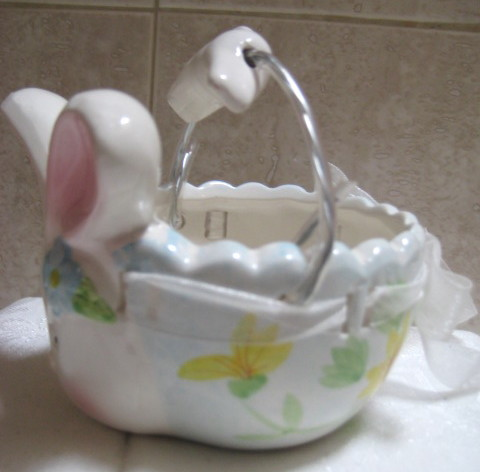 Unique Ceramic Easter Bunny Basket - NEW