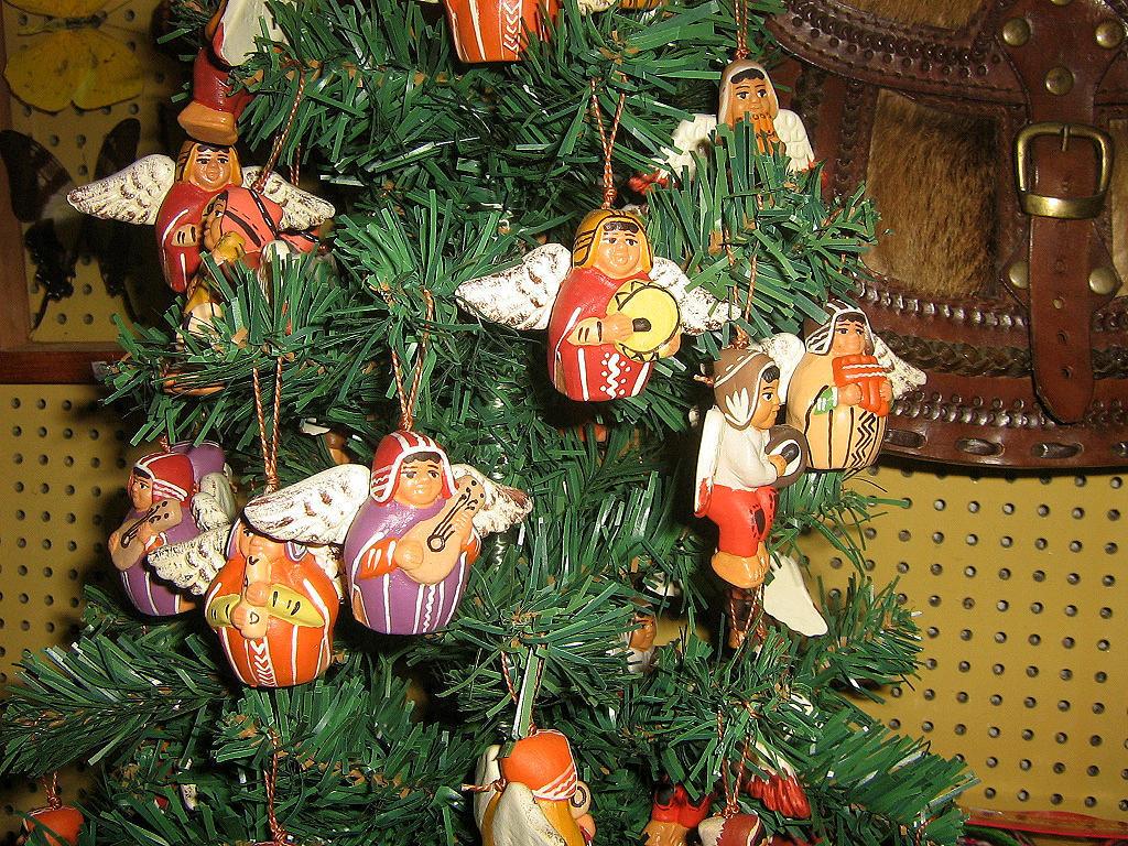 20 peruvian christmas angels, ceramik, handpainted