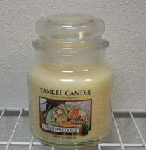 Yankee Candle New Christmas Cookie Medium Jar Candle 14.5 oz - $15.00