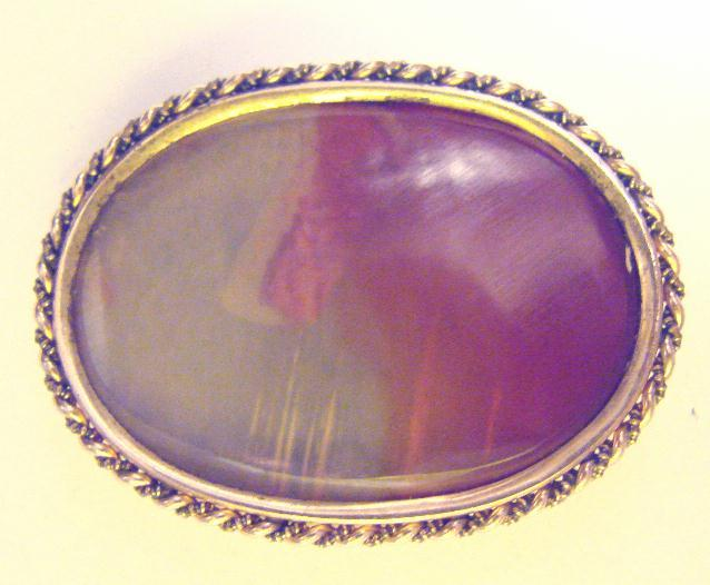 ANTIQUE AGATE PIN