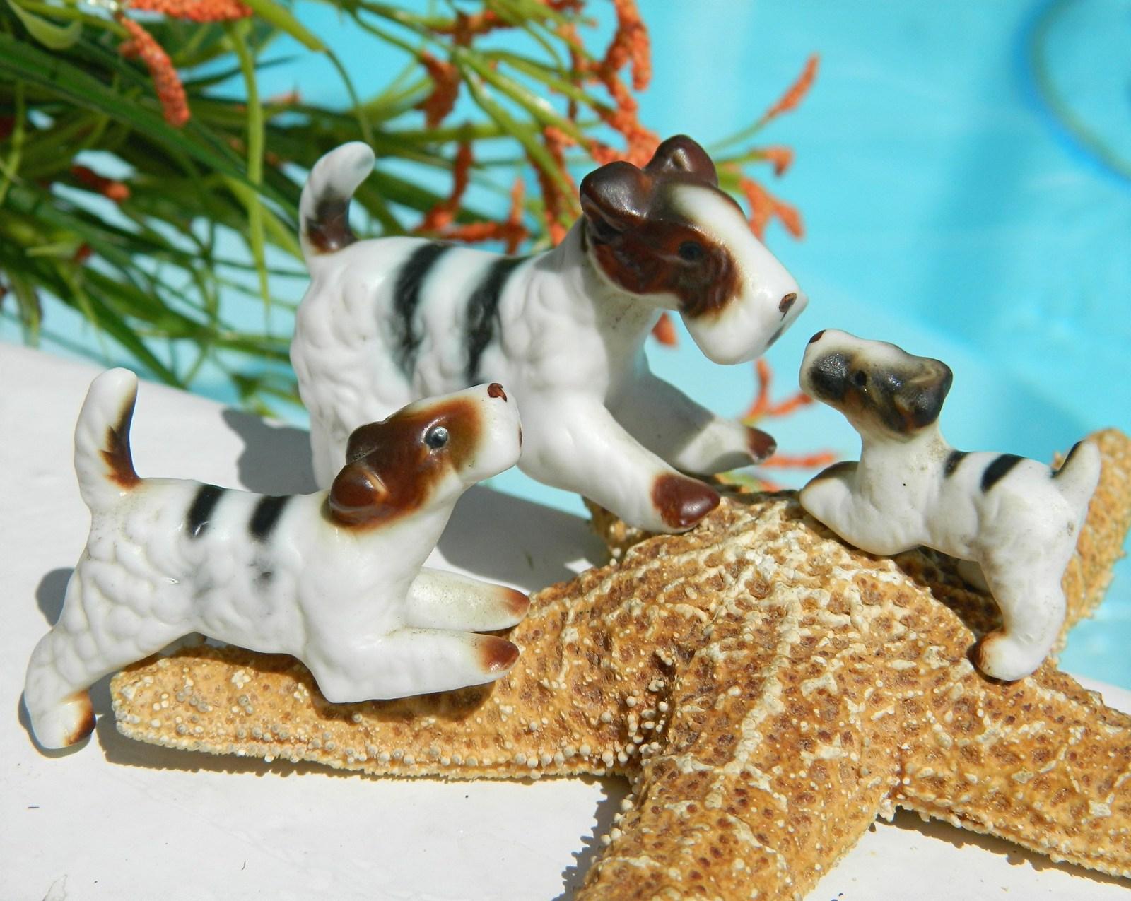 Vintage Wire Fox Terrier Dog Family Miniature Trio Set 3 Figurines - $18.95