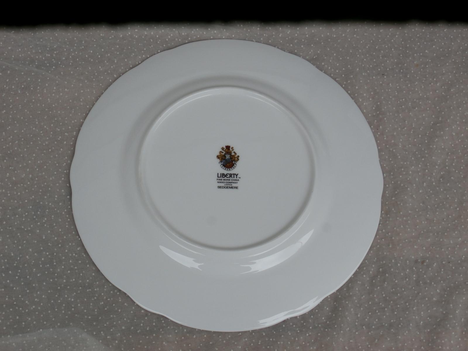Nikko Sedgemere Dinner Plate Liberty Fine Bone China, Blue Rim with Flowers