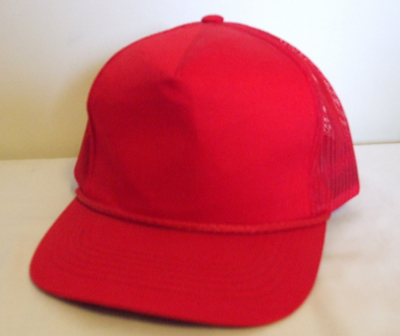 Mens NWOT Sportsman Red Mesh Back Ball Cap