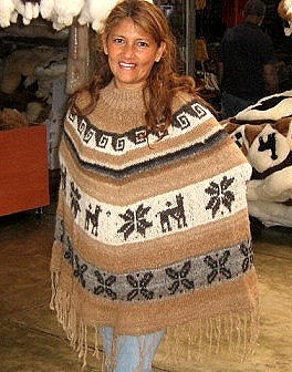 Peruvian poncho made of  Rustic Alpaca Wool,outerwear